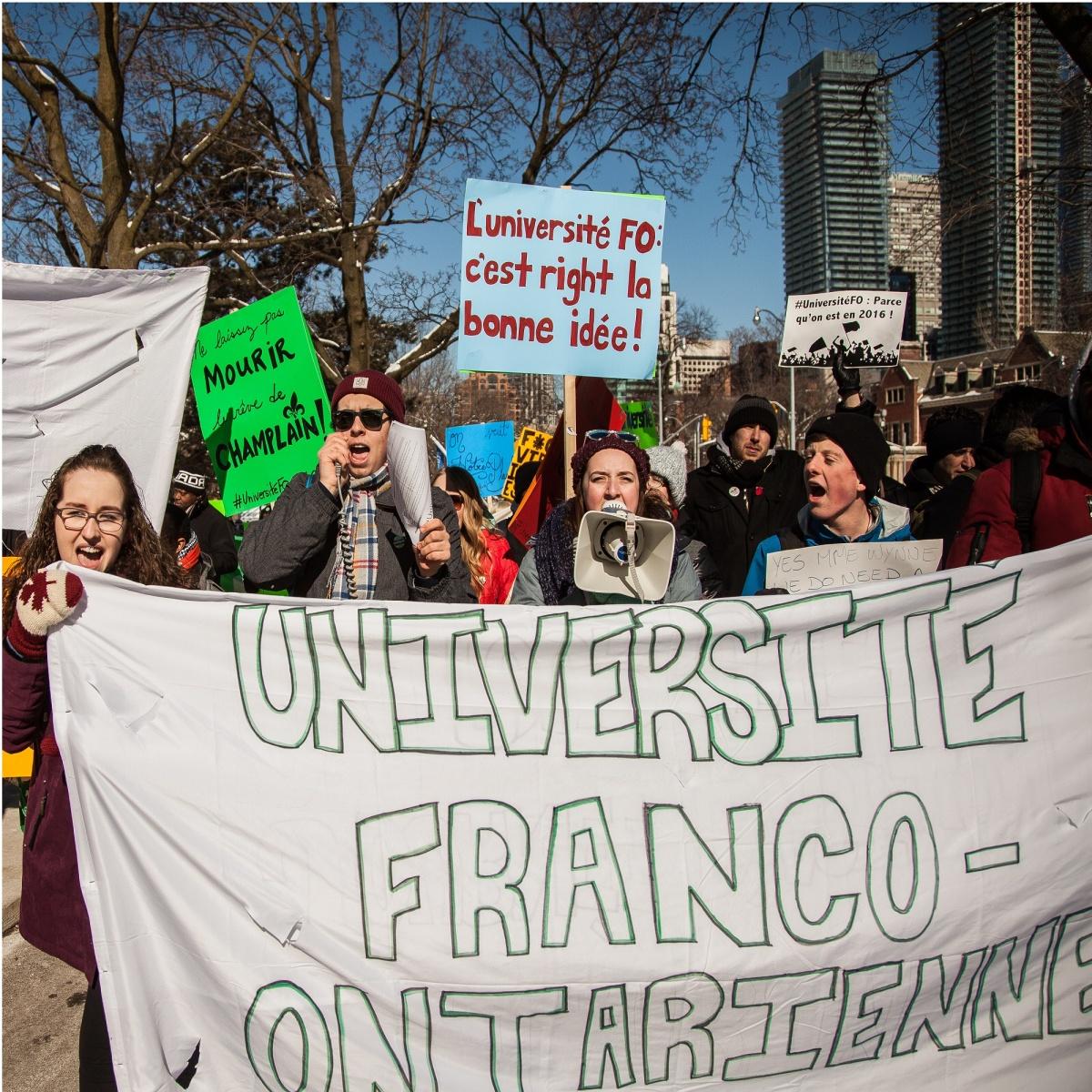 Pourquoi cherche-t-on la création d'une université francophone en Ontario? Une entrevue avec Alain Dupuis - Luc Léger